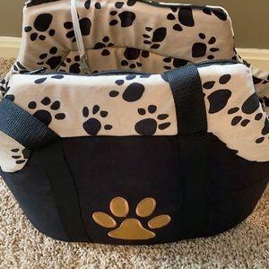 Dog/cat zipper carrier